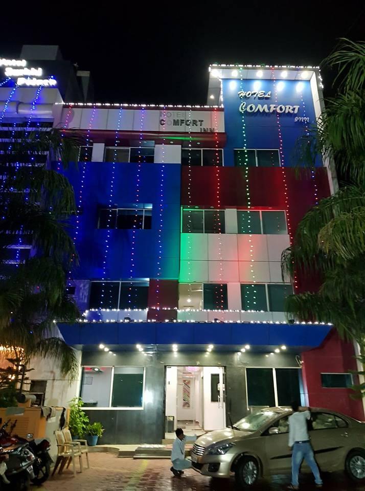 HOTEL COMFORT INN FAMILY RESTAURANT  FOR COMPLETE COMFORT 9425816372